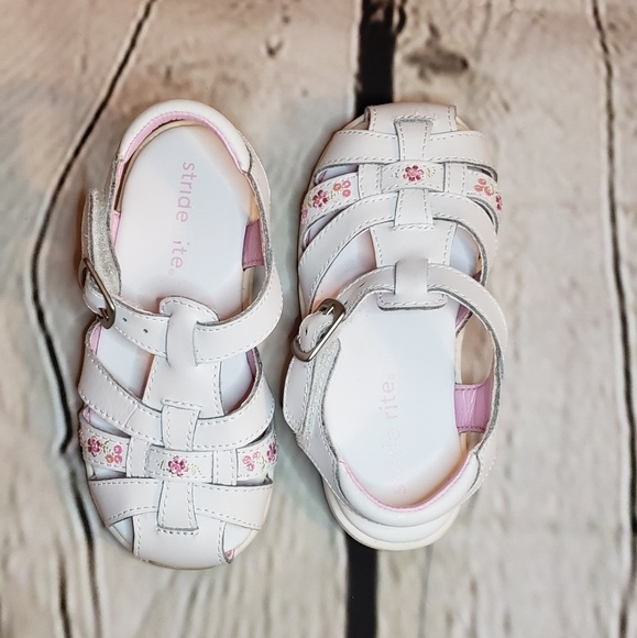 Stride Rite Other - Stride Rite cozumel leather sandles sz 6.5W